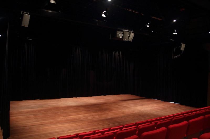Sistem de sunet pentru teatru 1 - Kling & Freitag